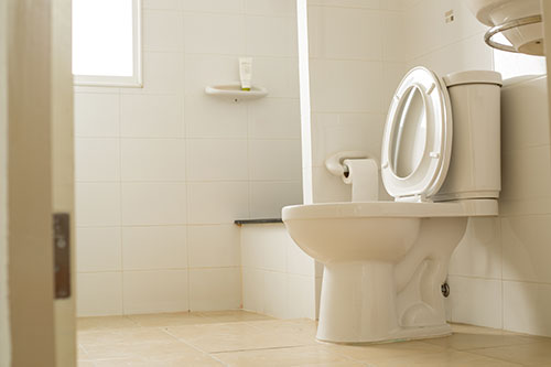 White-toilet-bowl-in-the-bathroom-after-sewage-cleanup